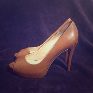 Leather guess heels